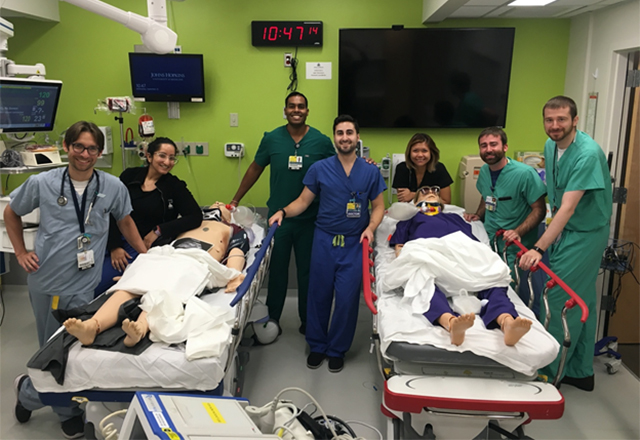 Students with simulation mannequins